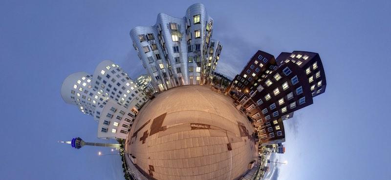 CityGames Düsseldorf: Ein schönes Planeten Panorama Foto von Düsseldorf - gemacht auf einer Firmen Team Pro Tour