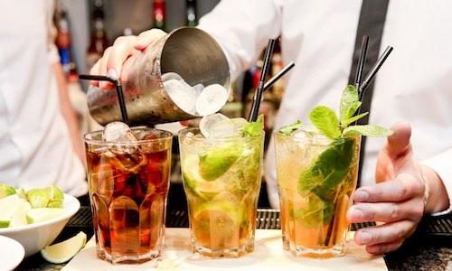 CityGames Düsseldorf: Extra Cocktails für eine Classic Tour Gruppe