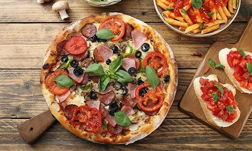 CityGames Düsseldorf: Pizza als Belohnung für die erfolgreichen City Escape Tour Spieler